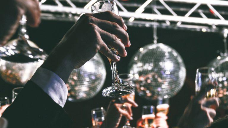 Zabawa i edukacja na wysokim poziomie – najbardziej oryginalne pomysły na eventy firmowe