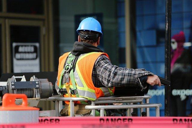 Właściwa ochrona pracownika w miejscu pracy