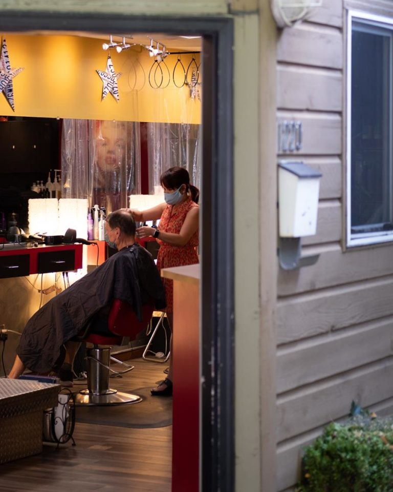 Stylistom w salonie fryzjerskim można w pełni zaufać