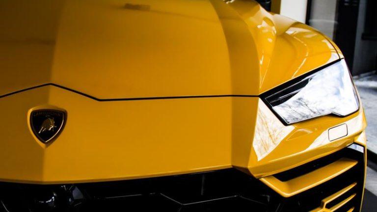 Skuteczna ochrona karoserii auta – folie PPF