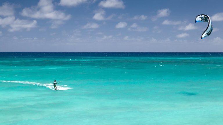 Po co jeździć do Egiptu jak nie na kitesurfing?